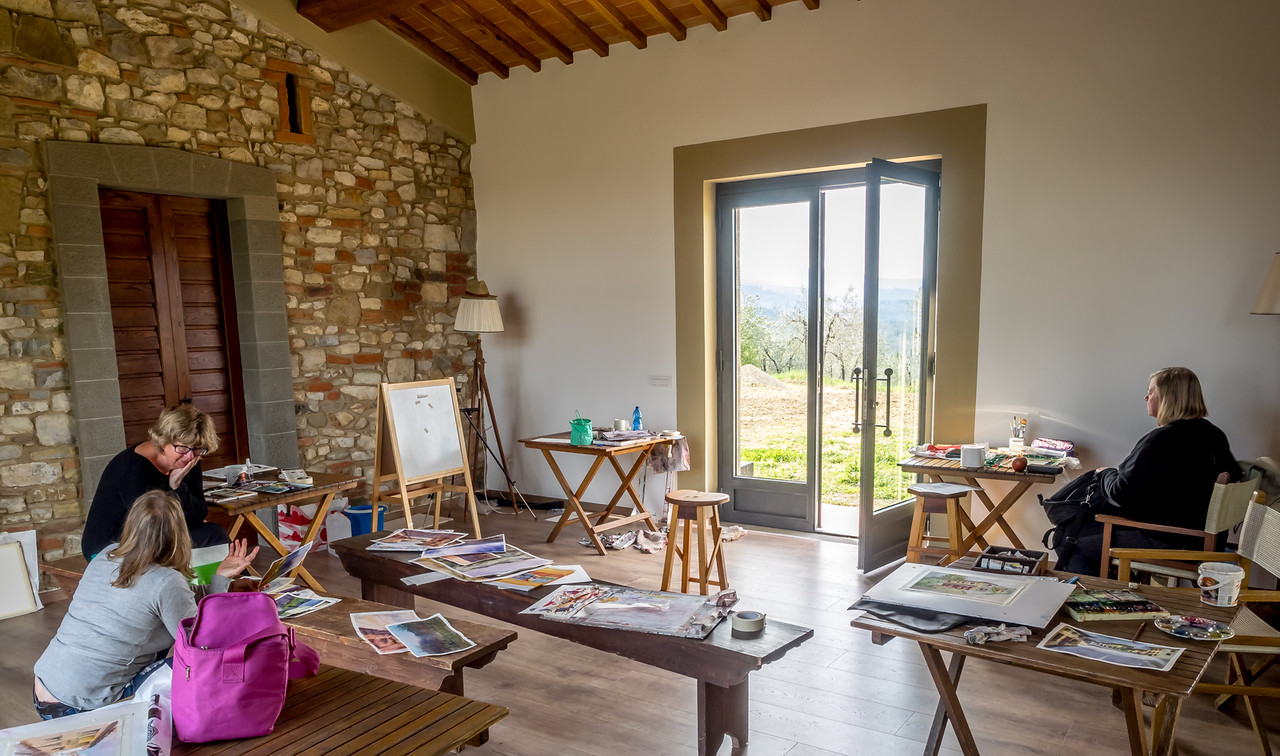 Art Holiday Tuscany Vacation Package with Painting Workshop 2019
